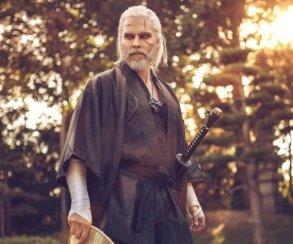 Самый лучший косплеер Геральта стал самураем