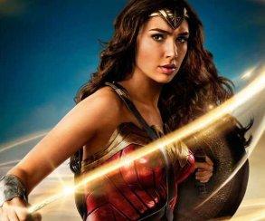 От Халка до Кингпина: конкуренты из Marvel поздравляют «Чудо-женщину»