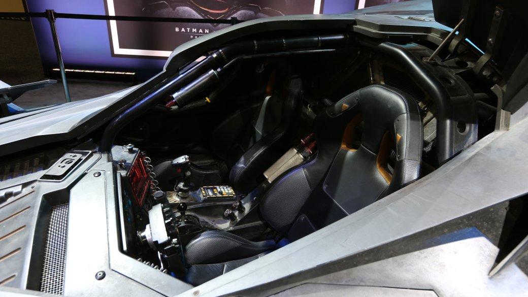 История бэтмобиля: все машины Темного Рыцаря - Изображение 12