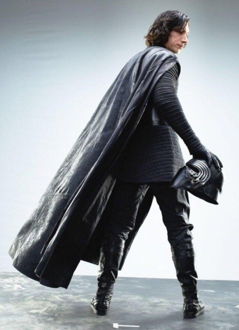 Звёздные войны. Эпизод 8: Последний джедай / Star Wars VIII: The Last Jedi [2017]: Новые фото из «Последних джедаев»: такого Сноука вы еще не видели!