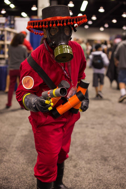 Десятка самых нелепых костюмов с Comic-Con 2013 - Изображение 7
