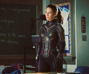 Эванджелин Лилли поделилась подробностями сюжета «Человека-муравья 2», сравнив его ссериалом Lost