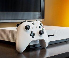 Xbox One S будет стоить в России столько же, сколько и PS4 Slim
