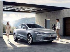 Когда хочешь стать Tesla: китайцы представили премиальный электрокар Geely Geometry A