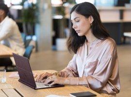 ВРоссии начались продажи кожаного ноутбука-трансформера HPSpectre Folio