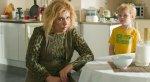 Рецензия на очередную пощечину кинематографу —«Zомбоящик». Угадайте, какой дичи небыло вфильме!. - Изображение 5