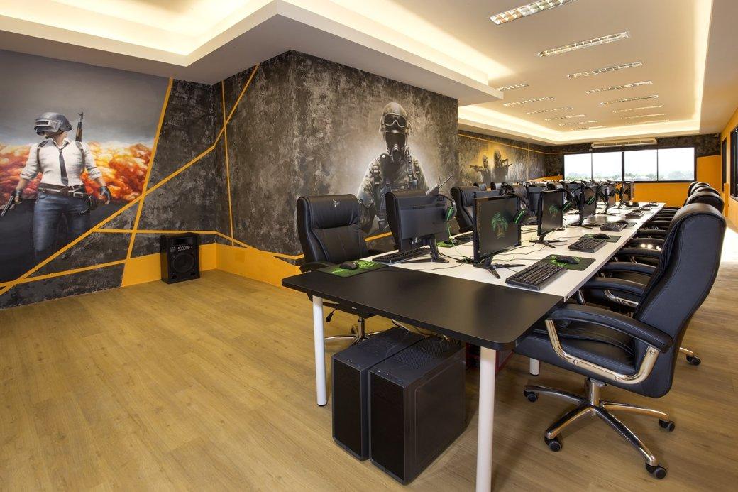Как вдохнуть новую жизнь в компьютерные клубы? Создать отель для киберспортсменов! | Канобу - Изображение 12878