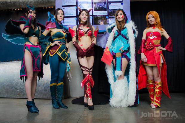 Лучший косплей по Dota 2 c The International - фото девушек в костюмах из Dota 2 | Канобу - Изображение 1