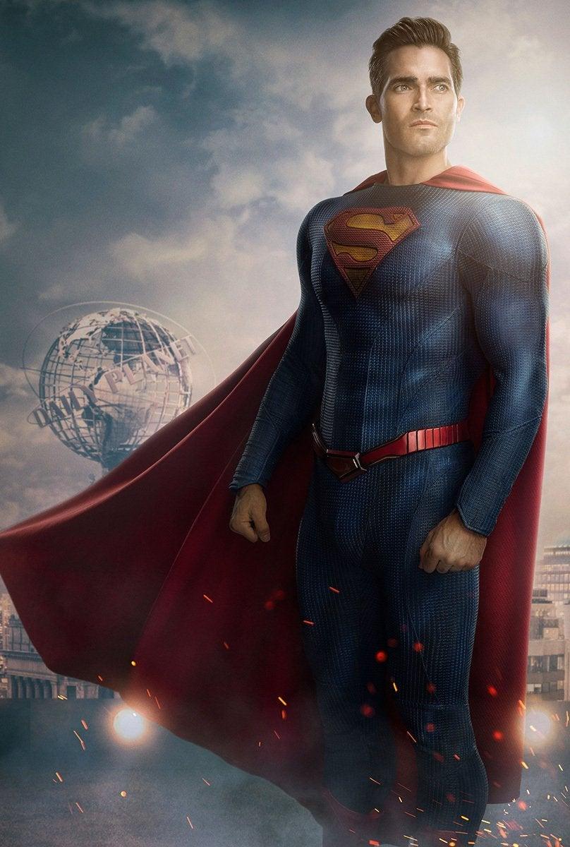 Первый взгляд нановый костюм Супермена изсериала «Супермен иЛоис»