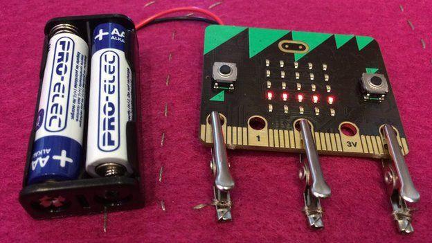 Компьютер BBC Micro Bit: что это, и почему он нужен детям? | Канобу - Изображение 1