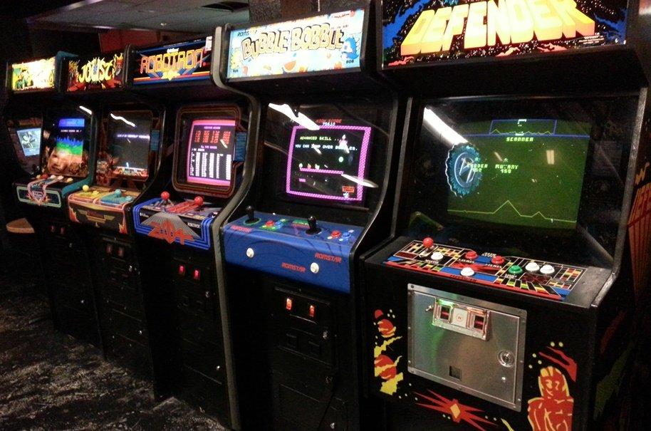 Вставьте монетку: как крупные компании пробовали себя в видеоиграх | Канобу