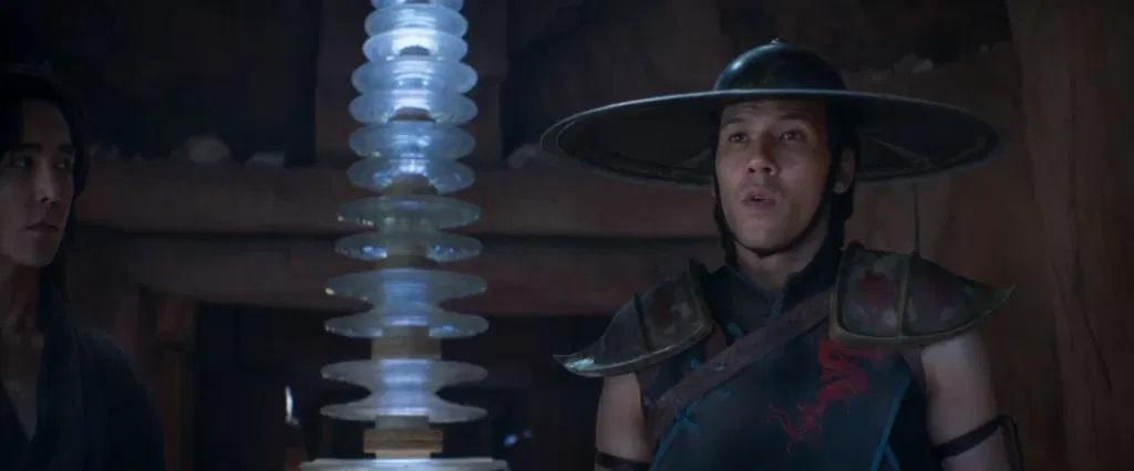 «Мортал Комбат»: исполнитель роли Кун Лао рассказал опервой примерке знаменитой шляпы | Канобу - Изображение 9208