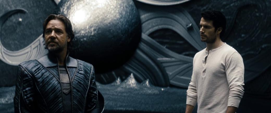Отпистолета Хеллбоя доБэт-кредитки: самые крутые ибезумные гаджеты супергероев вистории кино. - Изображение 6