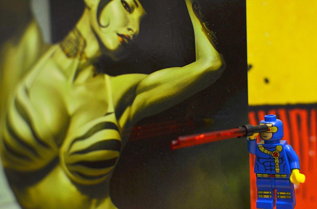 Топ-модель по-русски: «Канобу» устраивает фотосессию LEGO-супергероям | Канобу - Изображение 5545
