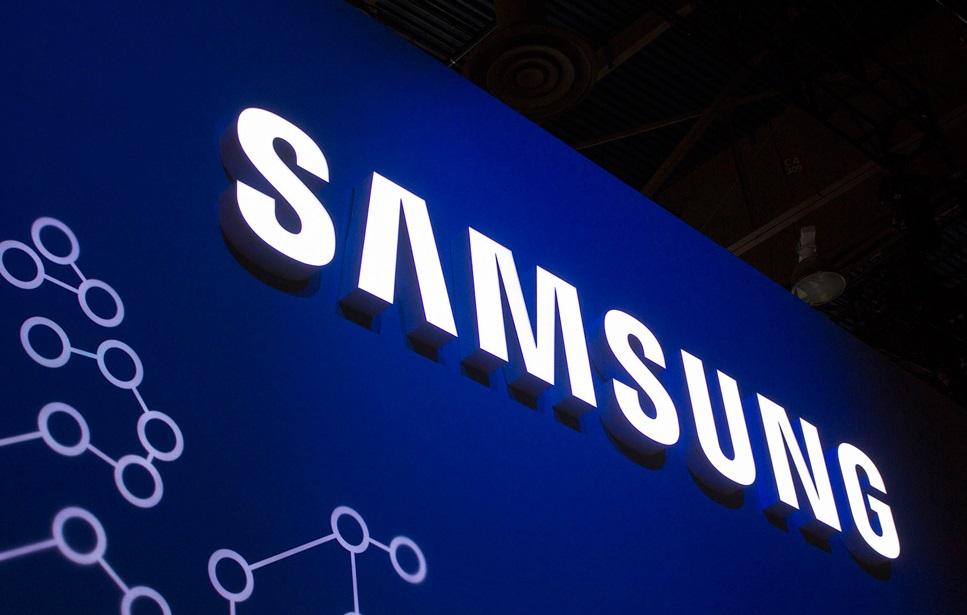 Samsung начала выпуск мобильной флеш-памяти eUFS 3.0 на 512 ГБ. 2100 МБ/с и быстрее microSD в 20 раз | SE7EN.ws - Изображение 1